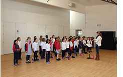 The Majura Primary School Choir are practicing